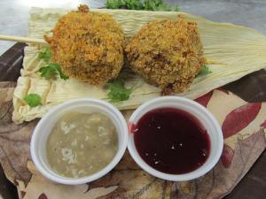 Fried Thanksgiving Dinner (Credit: State Fair of Texas)