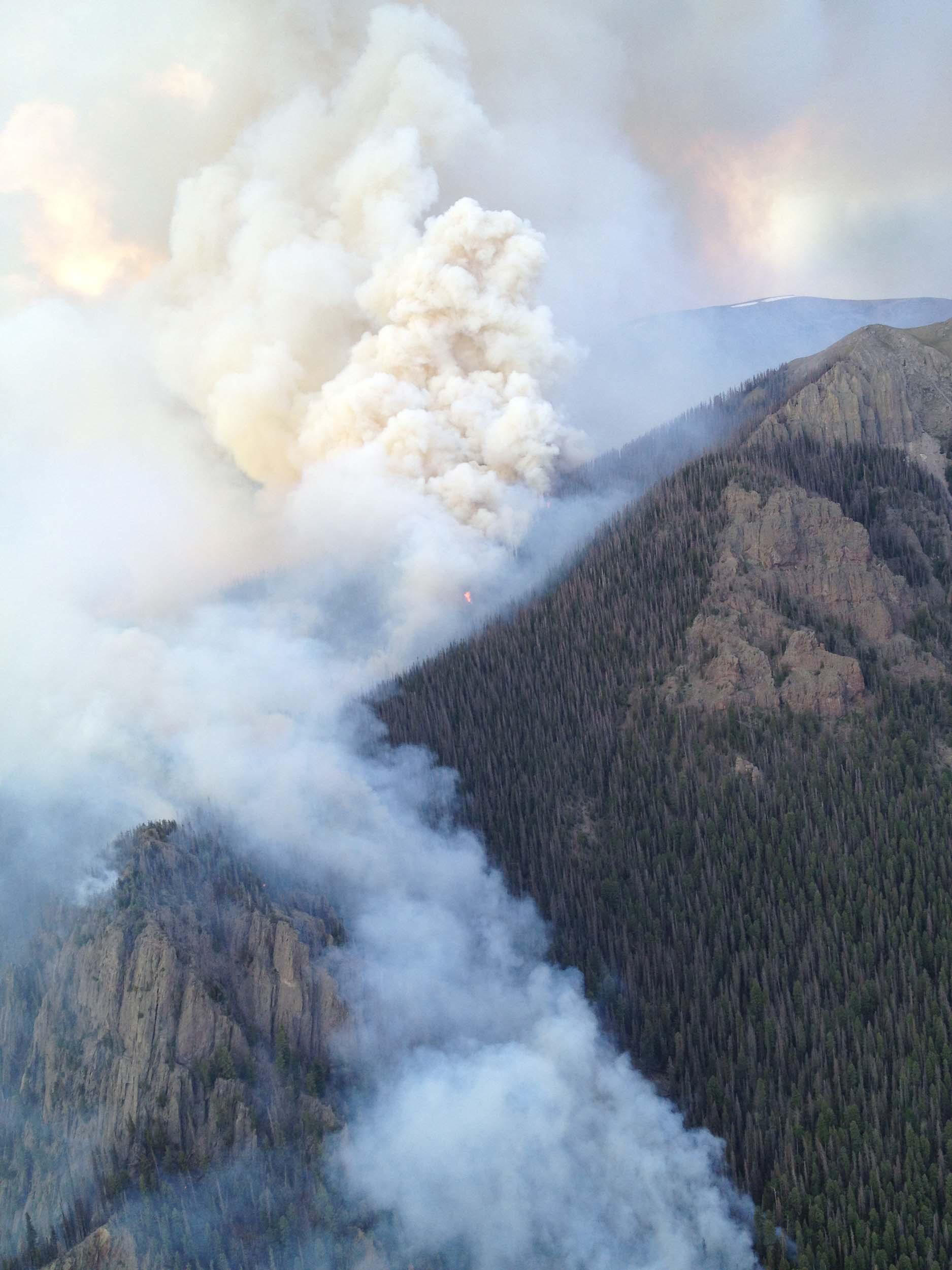 (credit: Pike Hotshots/U.S. Forest Service)