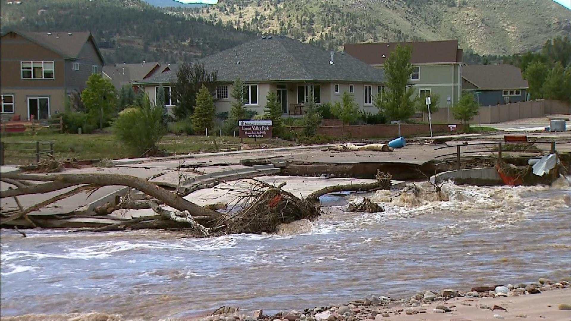 Damage from flooding in Lyons on Sept. 19, 2013. (credit: CBS)