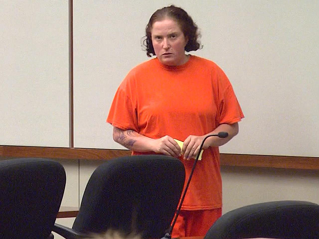 Traci Cunningham in court on Monday (credit: CBS)