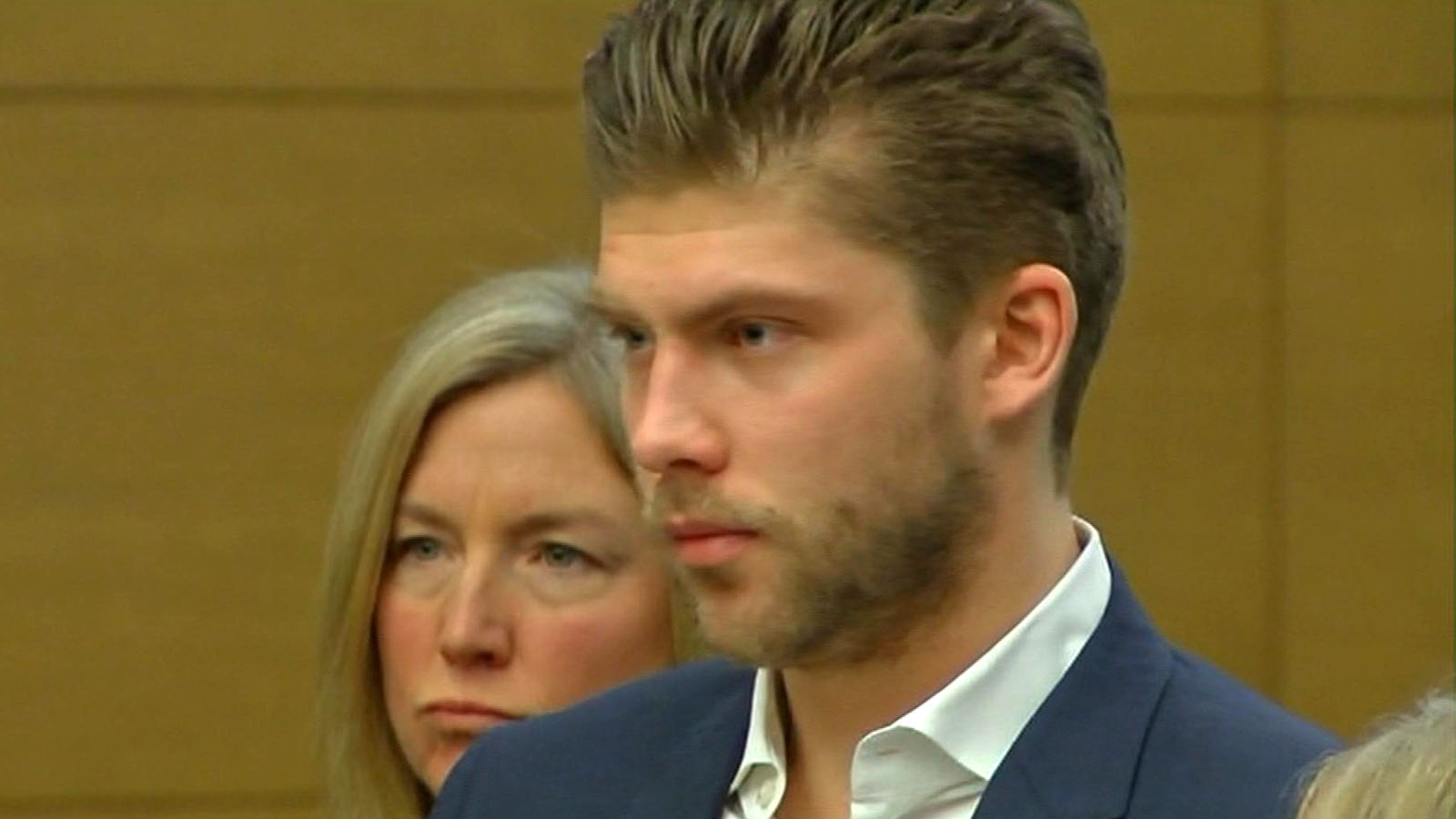 Semyon Varlamov in Denver court on Dec. 2, 2013. (credit: CBS)