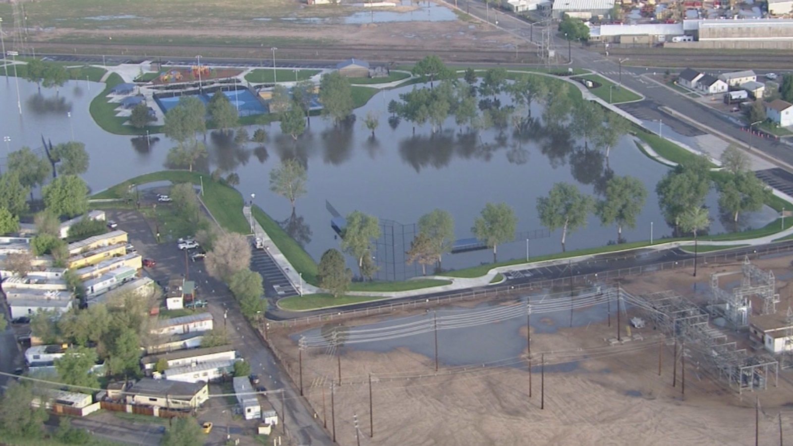 Copter4 flew over flooding at Fairfax Park in Commerce City (credit: CBS)
