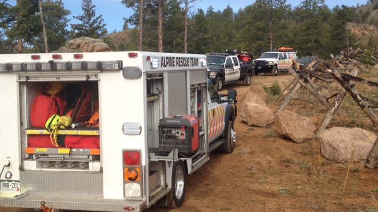 Search crews prepare to search for missing hiker Nicholas Coates (credit: Jeffco Sheriff)