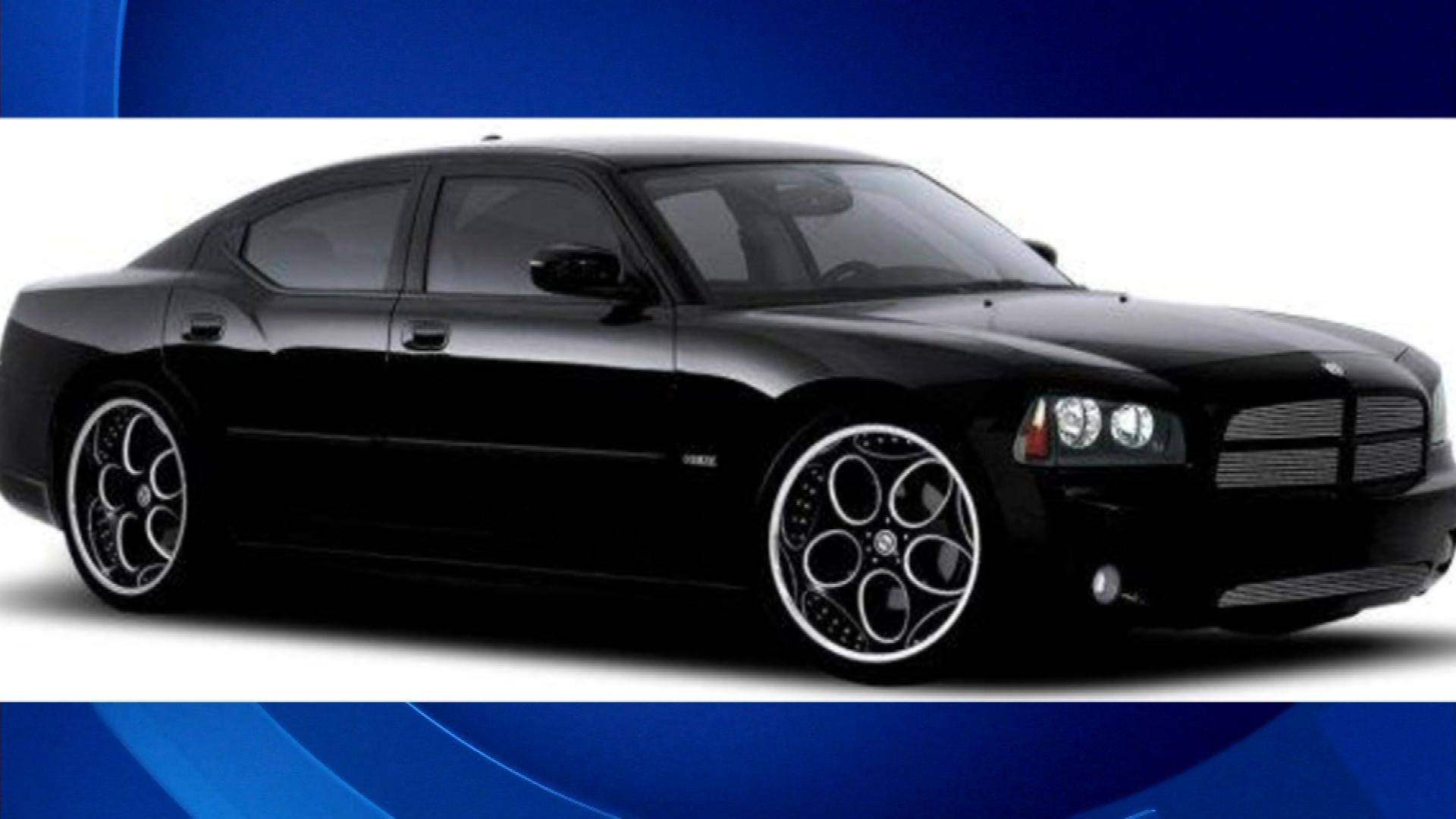 A Dodge Charger similar to the suspect's vehicle (credit: CBS)