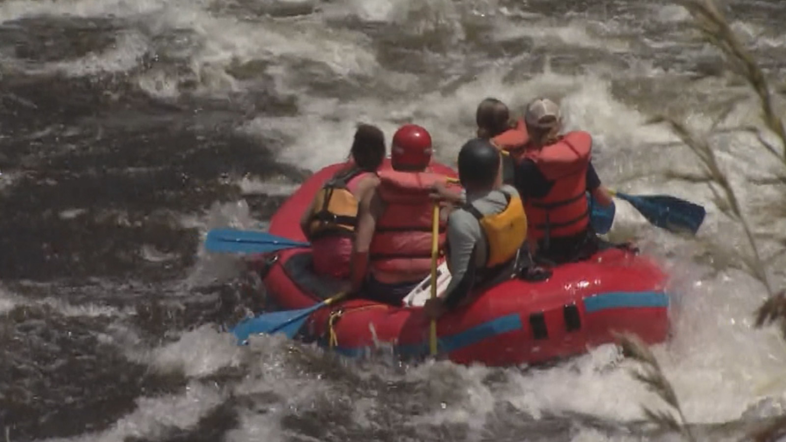Rafting on the Poudre River (credit: CBS)