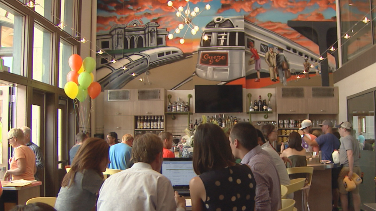 Snooze opens its 7th location at the renovated Union Station (credit: CBS)