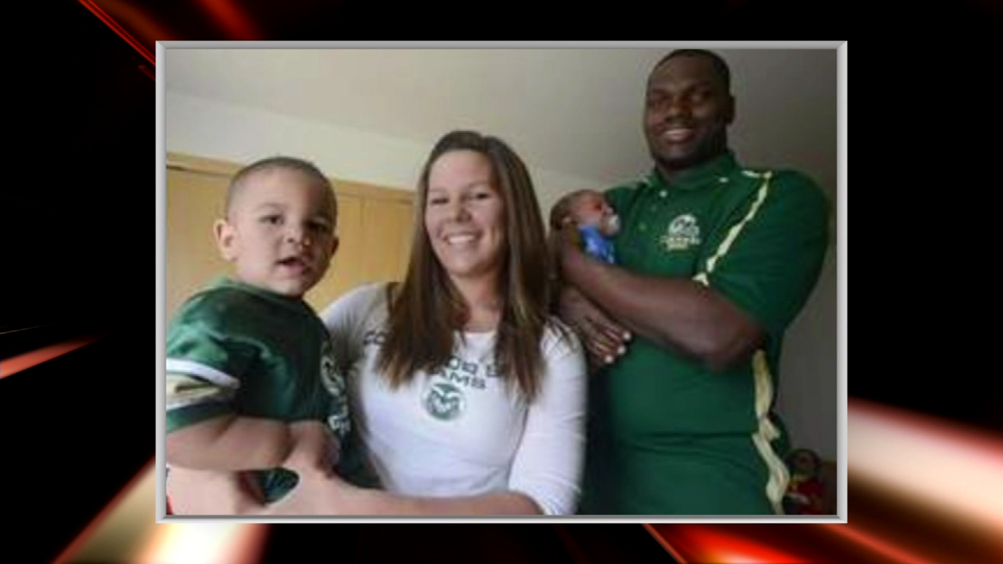 Shaquil Barrett with his family (credit: CBS)