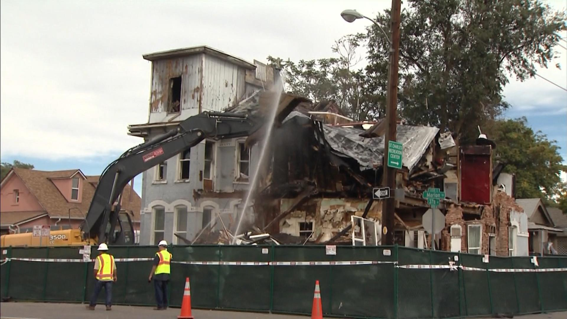 The building being demolished on Wednesday (credit: CBS)