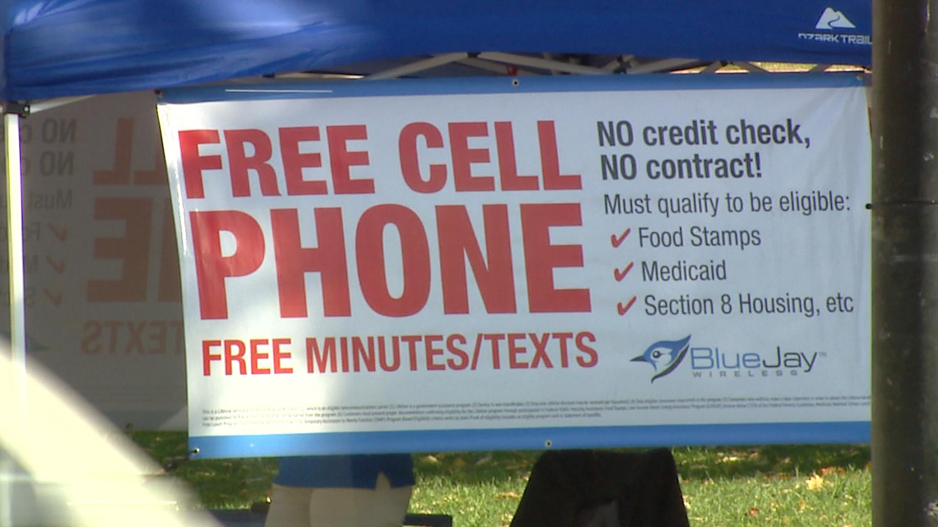 Banners promote free phones under the Lifeline program. (credit: CBS)