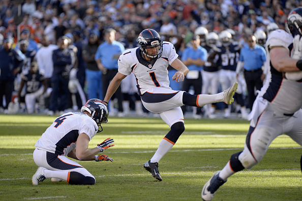 Kicker Connor Barth #1 of the Denver Broncos makes a 19-yard field goal against the San Diego Chargers at Qualcomm Stadium on December 14, 2014 in San Diego, California.  (Photo by Harry How/Getty Images)