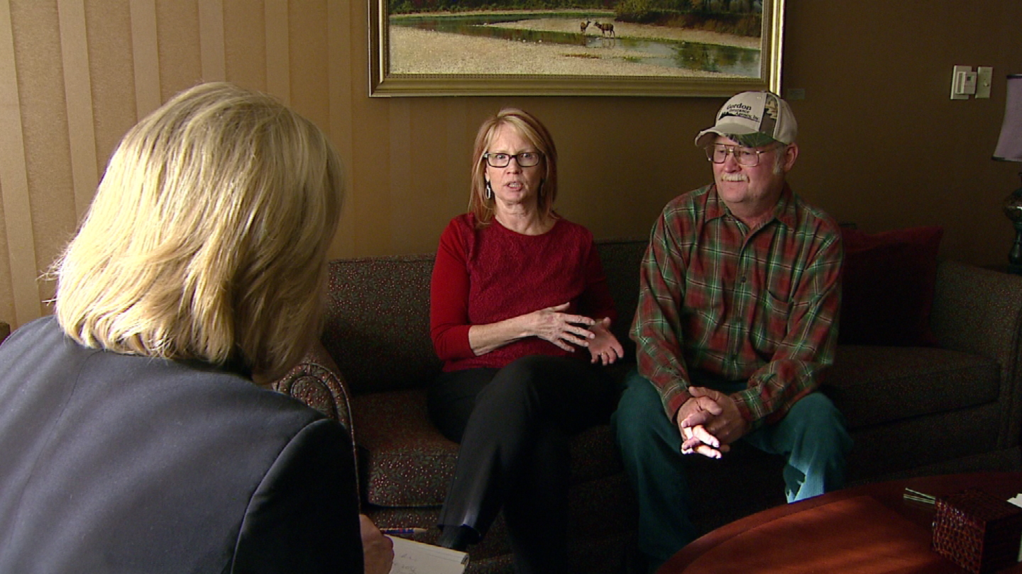 CBS4's Kathy Walsh talks with Any Johnson and Ron Jacques (credit: CBS)