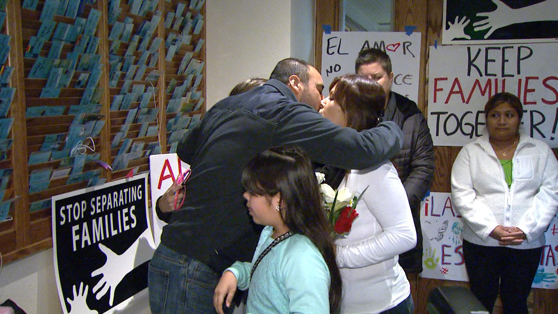 Arturo Hernandez with his family on Tuesday (credit: CBS)