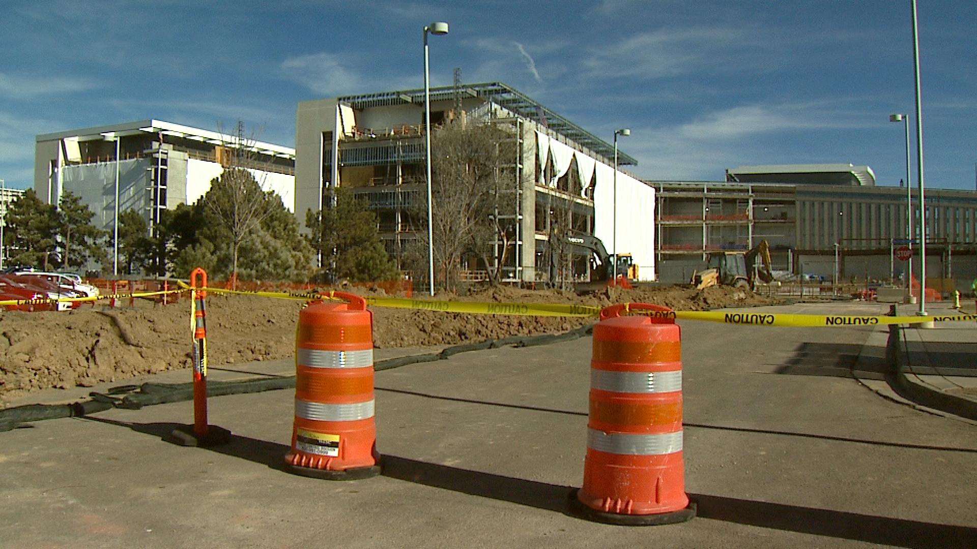 The VA Hospital under construction in Aurora (credit: CBS)