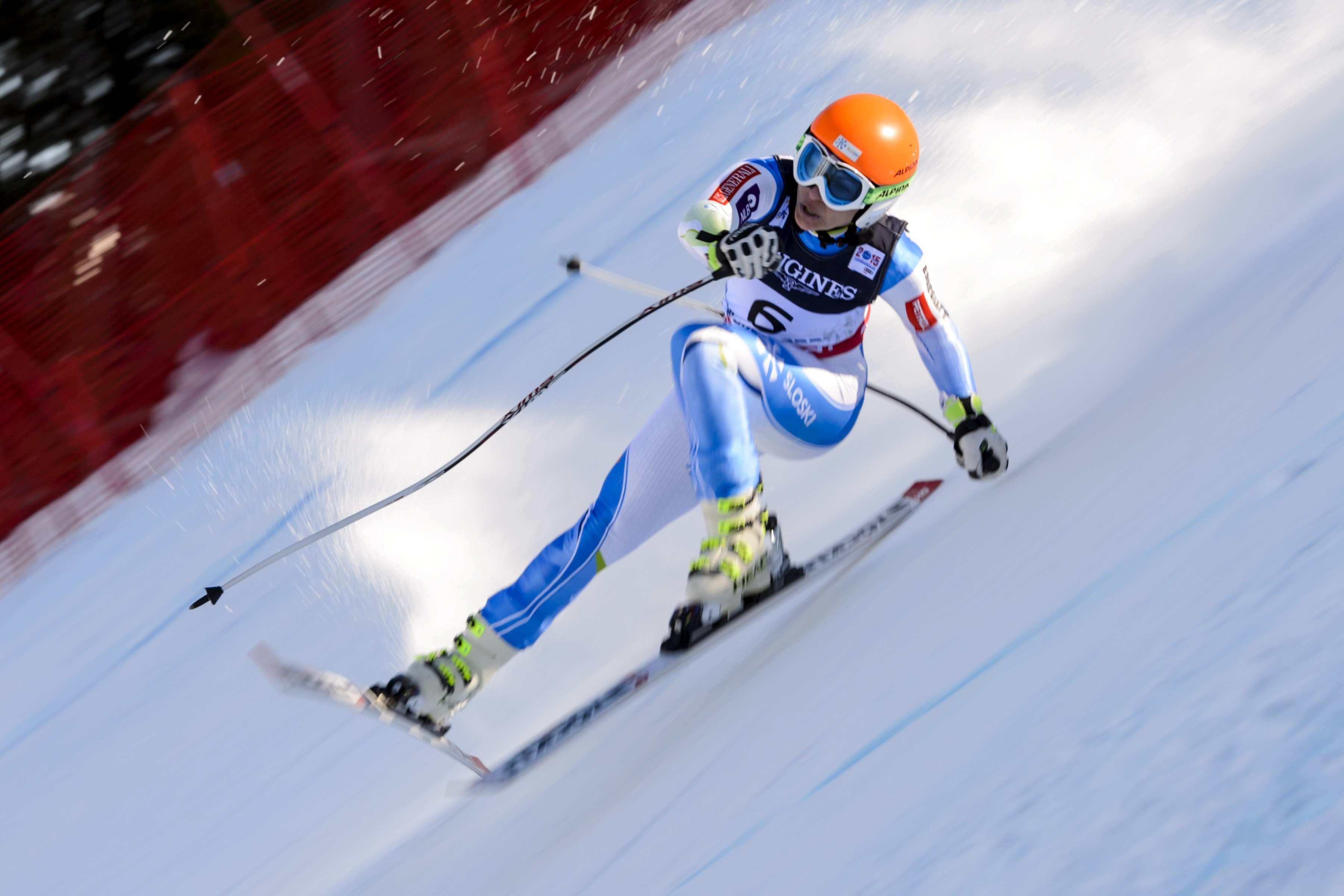 Slovenia's Vanja Brodnik loses her balance during the 2015 World Alpine Ski Championships women's combined downhill, on February 9, 2015 in Beaver Creek, Colorado.  AFP PHOTO / FABRICE COFFRINI        (Photo credit should read FABRICE COFFRINI/AFP/Getty Images)