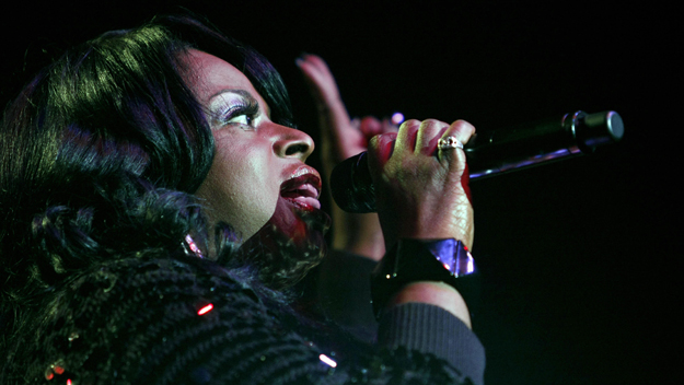 Angie Stone (Photo by Rick Nederstigt/Getty Images)