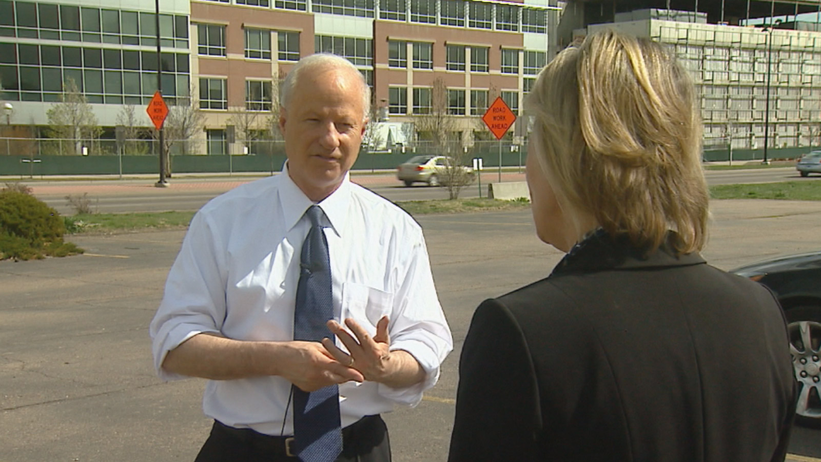 Rep. Mike Coffman (R) Colorado talks to CBS4 Political Specialist Shaun Boyd outside the VA Hospital (credit: CBS)
