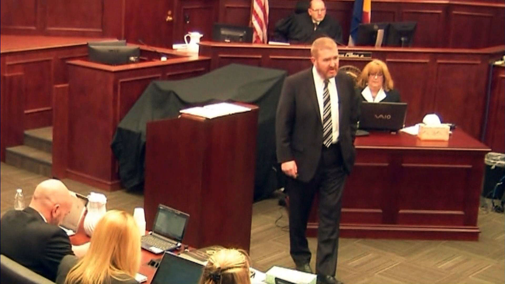Public defender Daniel King during opening statements at the trial (credit: CBS)