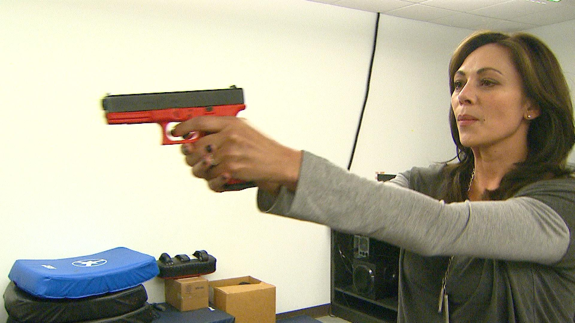 CBS4's Jennifer Brice gets training at the DEA's Denver Field Office (credit: CBS)
