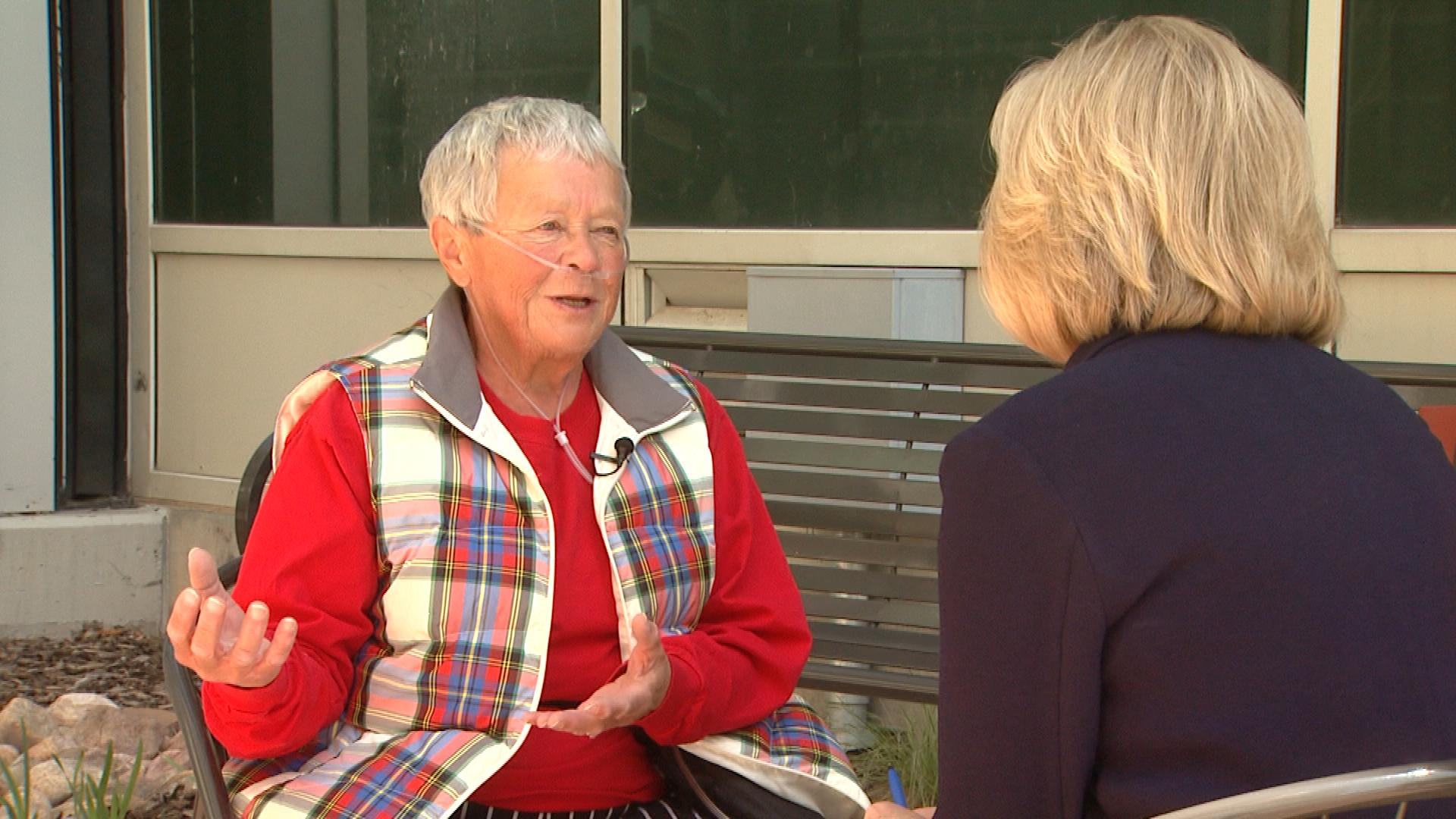 "Fran ""Kolo"" Etzkorn talks with CBS4's Kathy Walsh (credit: CBS)"