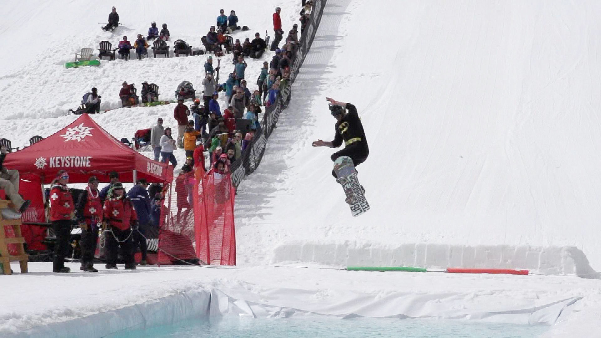 The Slush Cup at Keystone on closing day in 2015.  (credit: CBS)