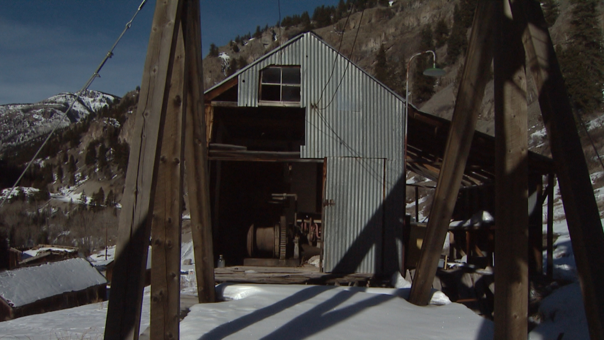 The headframe over one of the mine shafts of the Ute Ulay (credit: CBS)