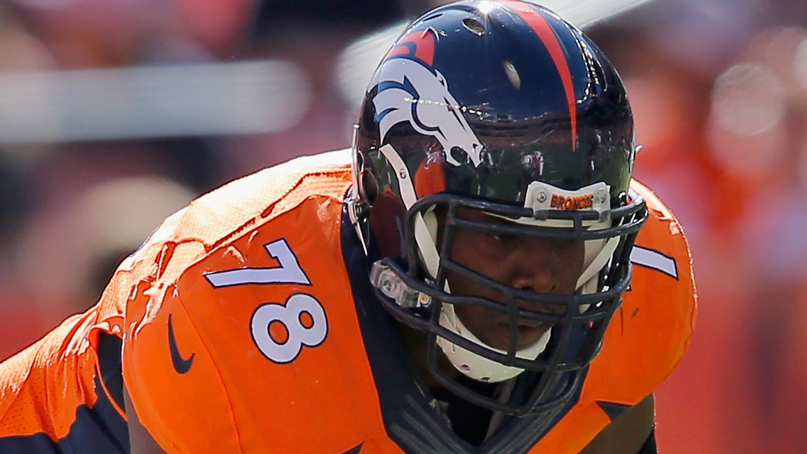 Offensive tackle Ryan Clady of the Denver Broncos lines up against the Arizona Cardinals at Sports Authority Field at Mile High on Oct. 5, 2014. (credit: Doug Pensinger/Getty Images)