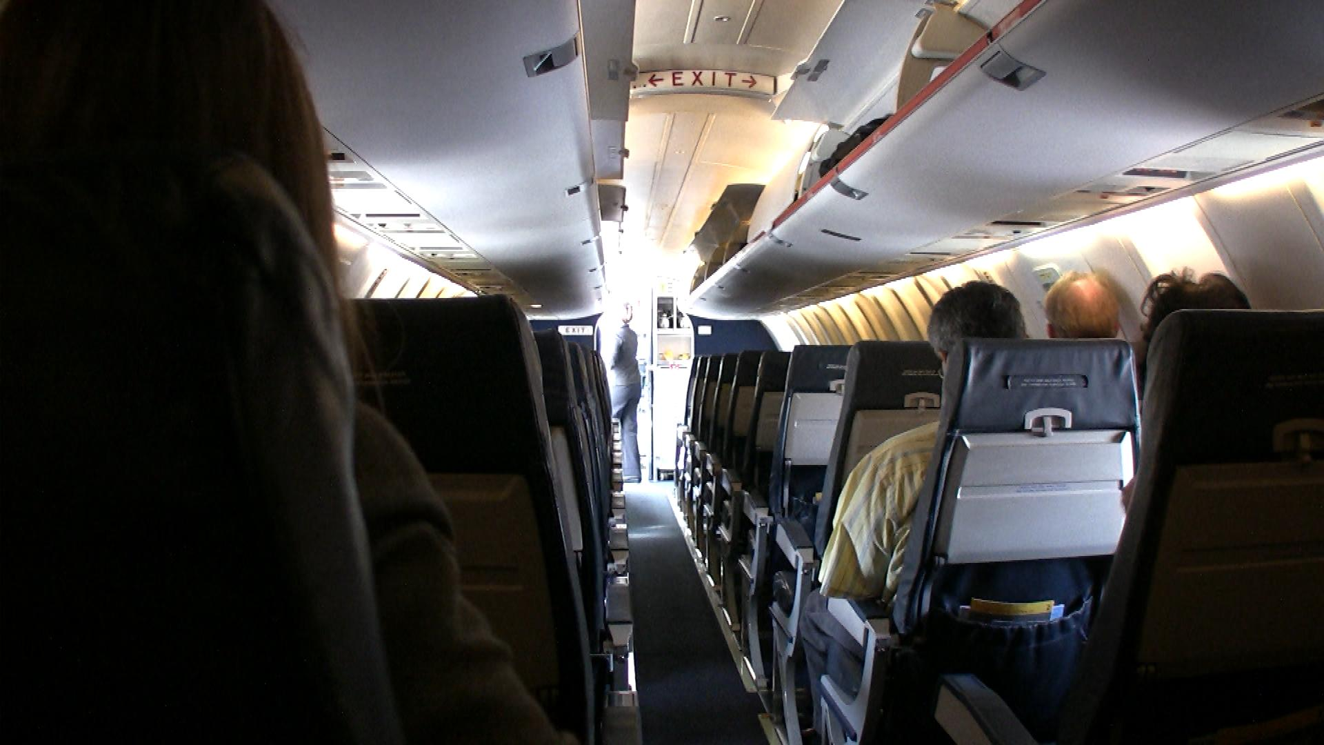 A flight with few passengers from Pueblo to Denver (credit: CBS)