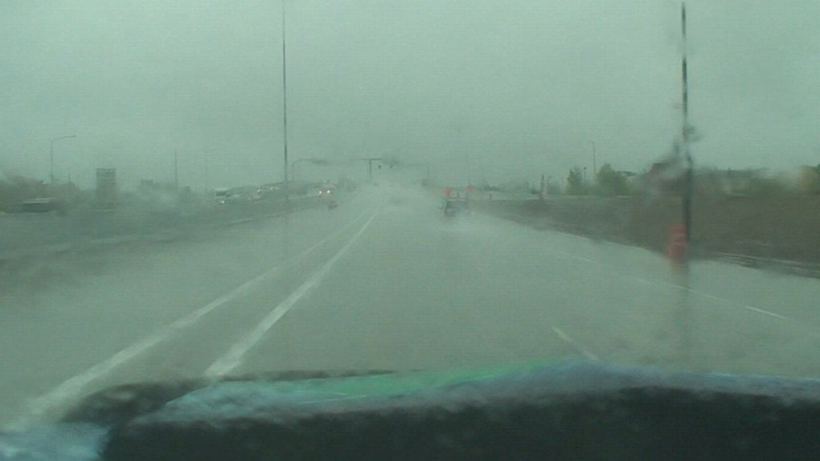 Heavy rain from the Mobile Weather Lab during a monsoon thunderstorm along the Front Range. (credit: CBS)