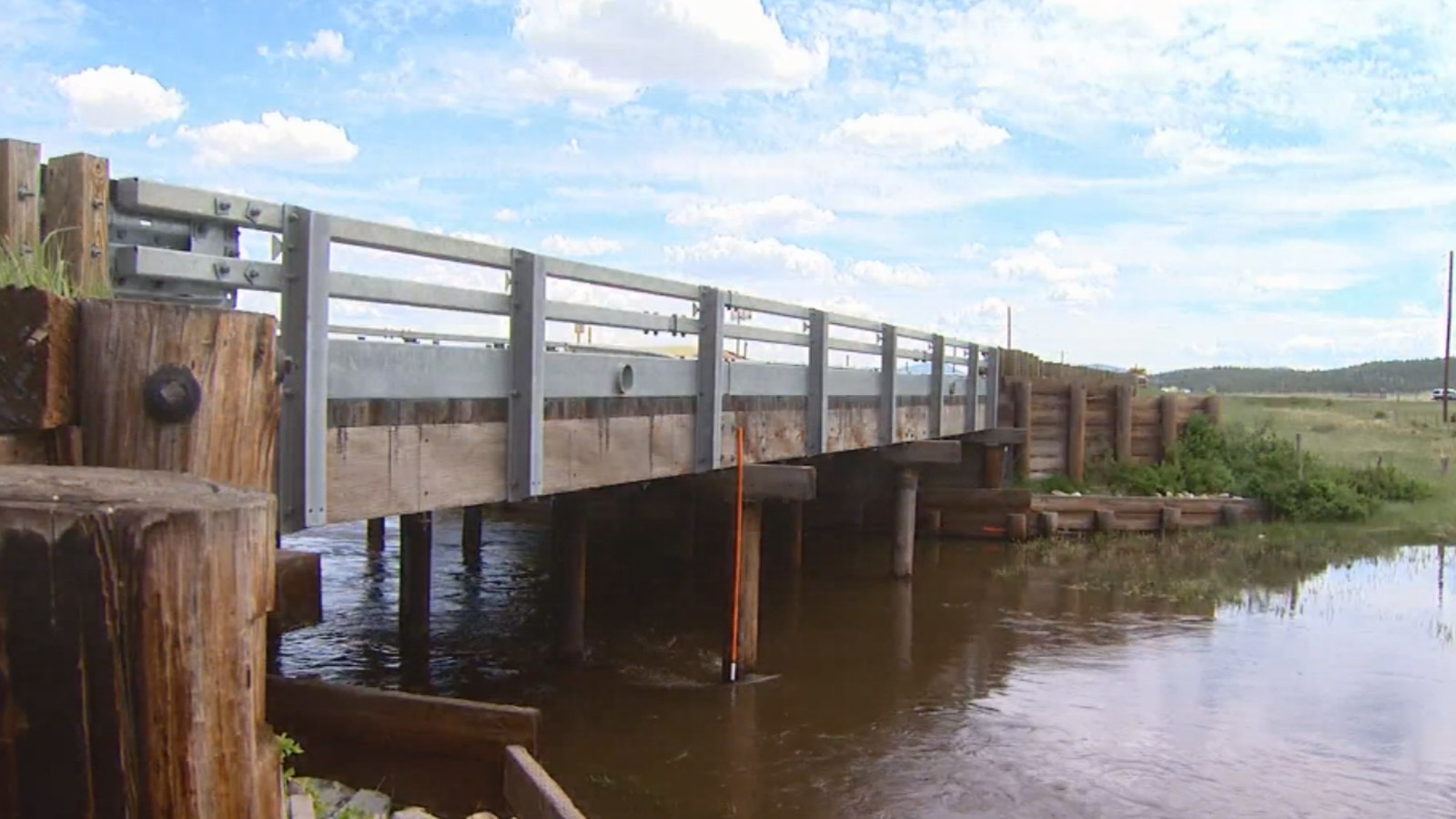 A bridge along Highway 285 over the South Platte River (credit: CBS)