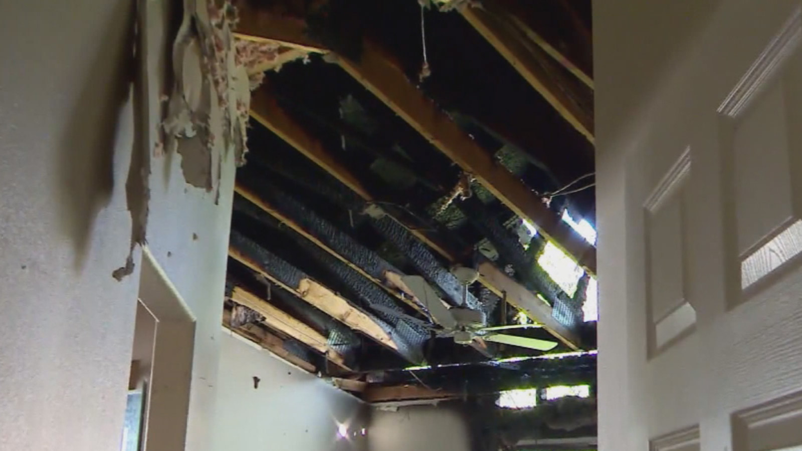 Lightning struck a home in Colorado Springs on Monday night (credit: CBS)