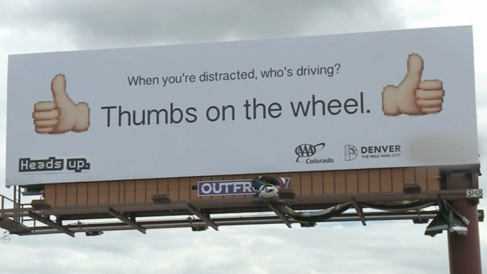 A campaign against distracted driving (credit: CBS)
