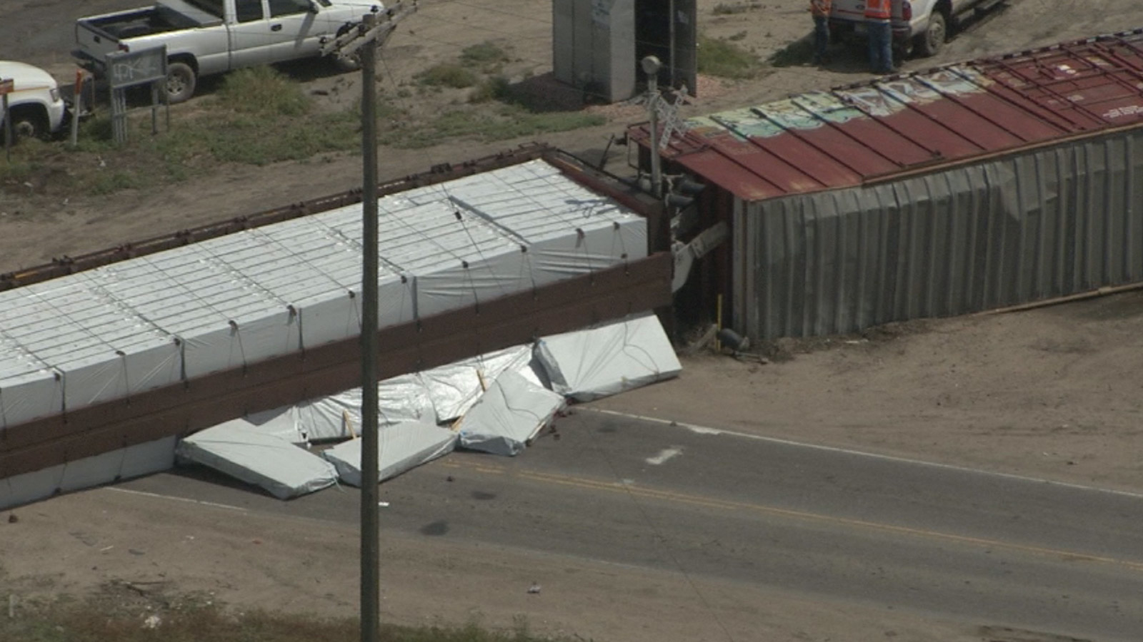Copter4 flew over a train derailment in Commerce City on Tuesday (credit: CBS)