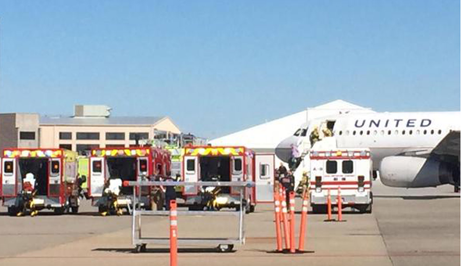 A United Airlines plane that took off from Denver made an emergency landing at the Grand Junction Airport (credit: Grand Junction Fire)