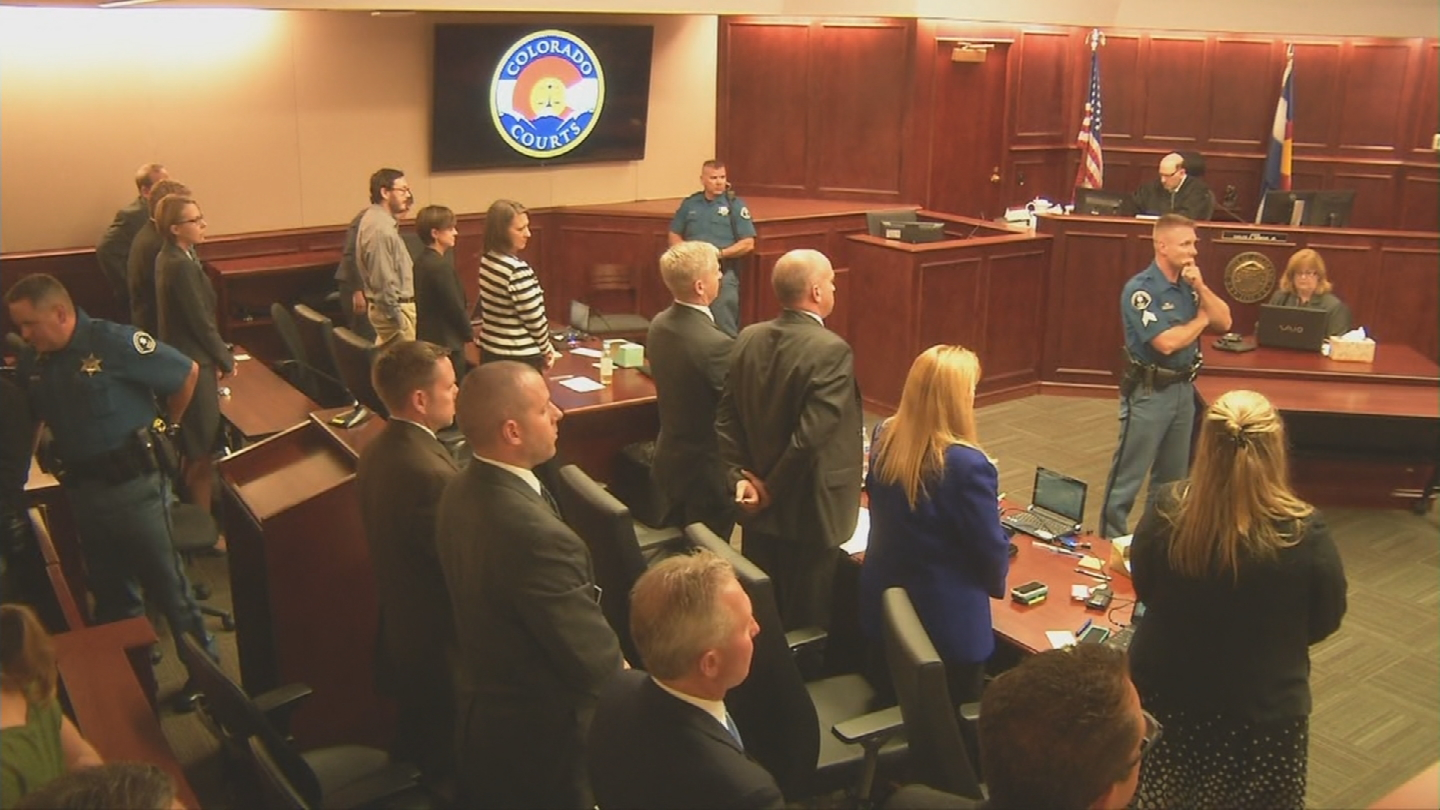 Aurora theater gunman James Holmes in court during the sentencing of his trial on Aug. 7. (credit: CBS)