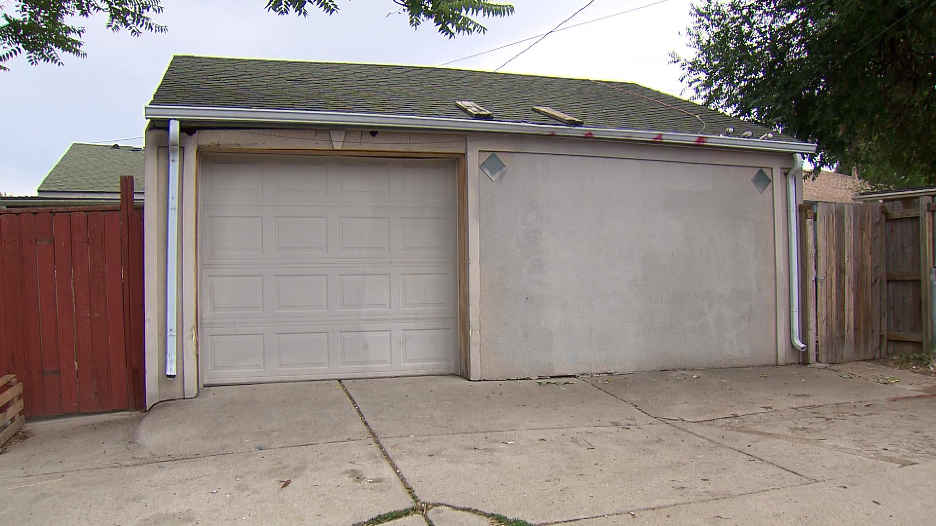 The garage where the alleged assaults occurred (credit: CBS)