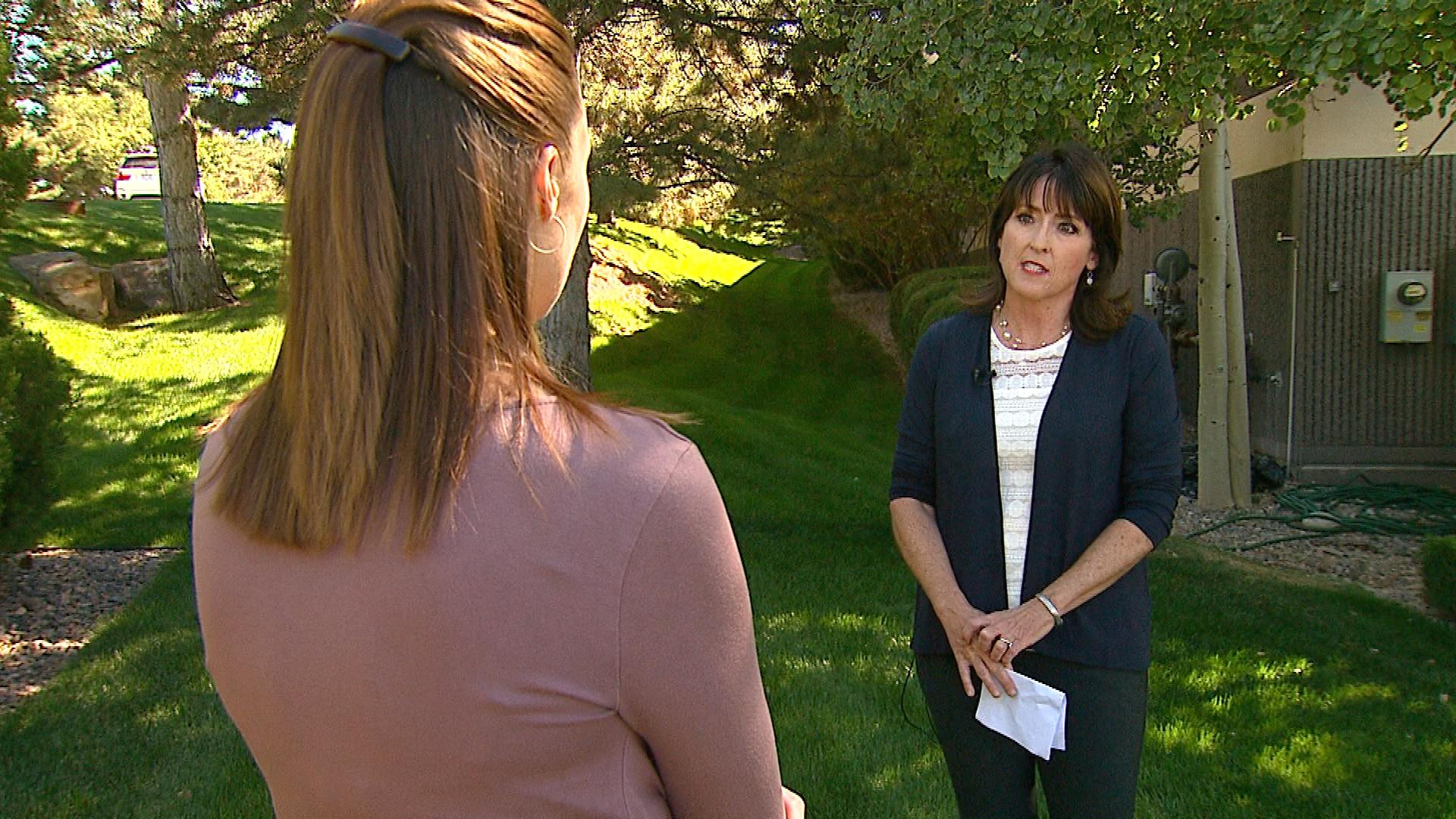 Diane Carlson with Smart Colorado talks with CBS4's CBS4's Melissa Garcia (creit: CBS)