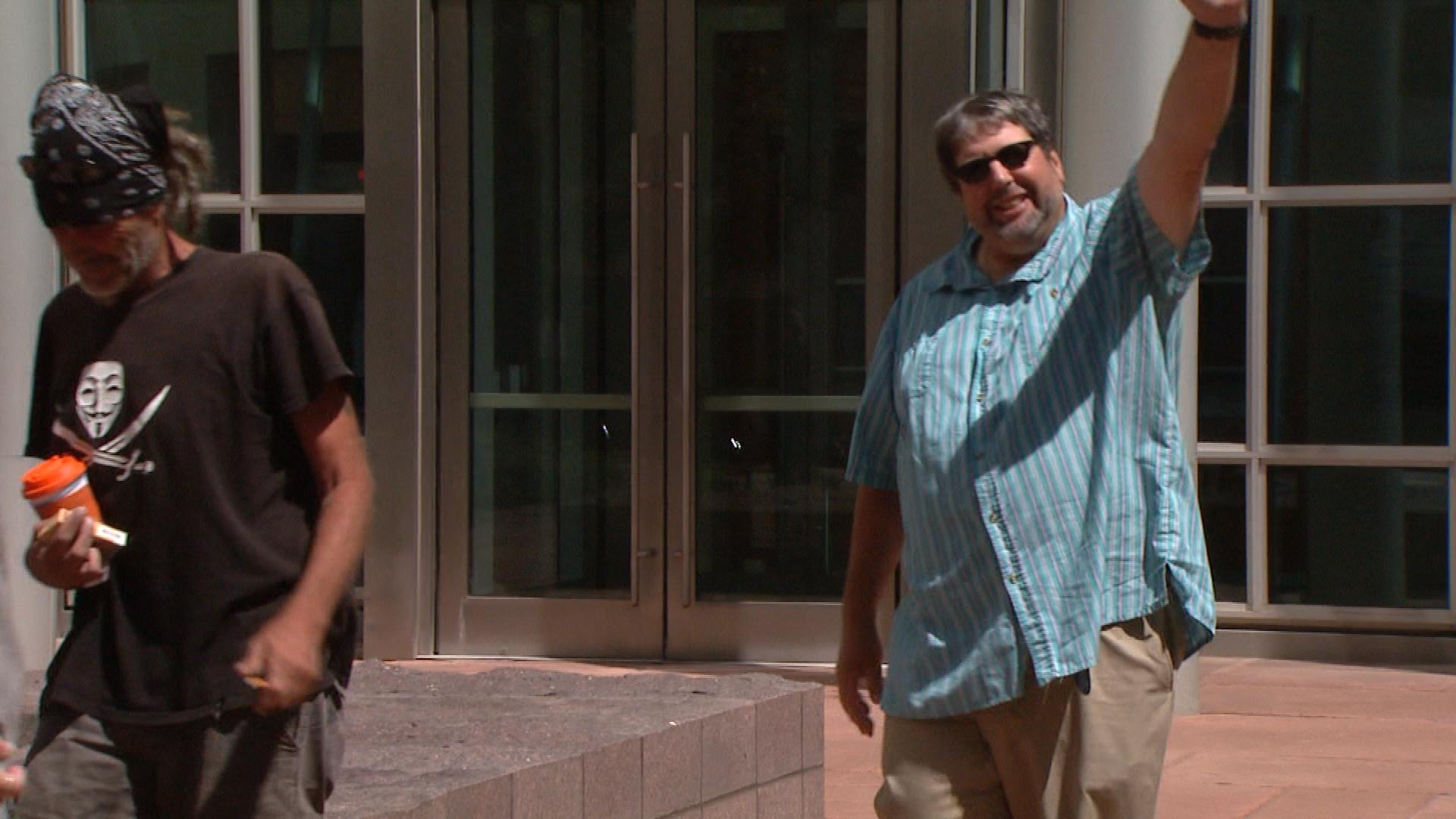 Mark Iannicelli leaving court (credit: CBS)