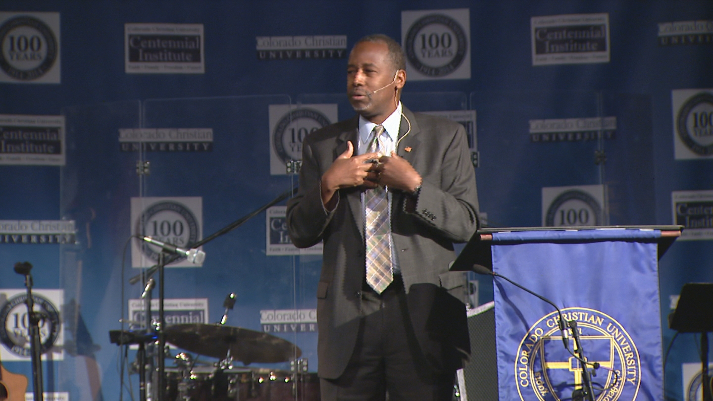 Ben Carson campaigns at Colorado Christian University in Lakewood (credit: CBS)