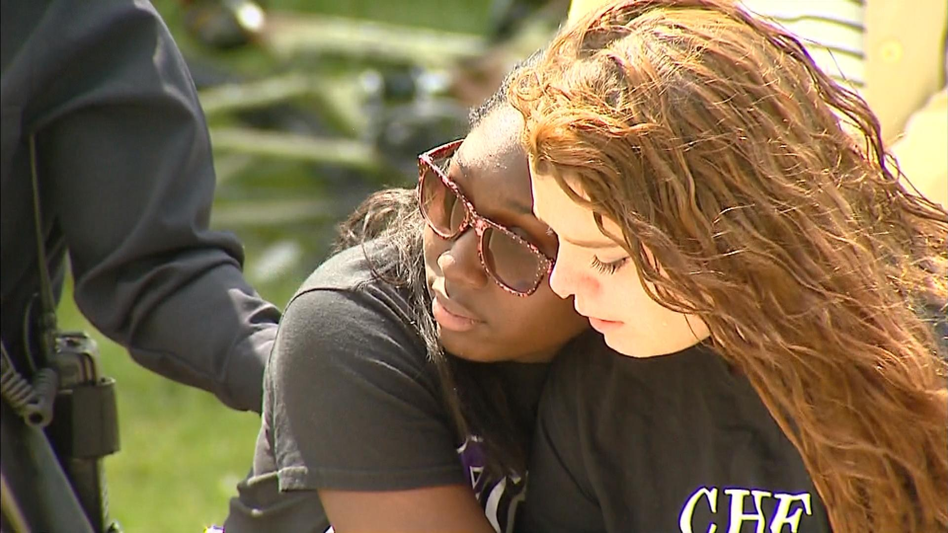 An image from the memorial dedication (credit: CBS)