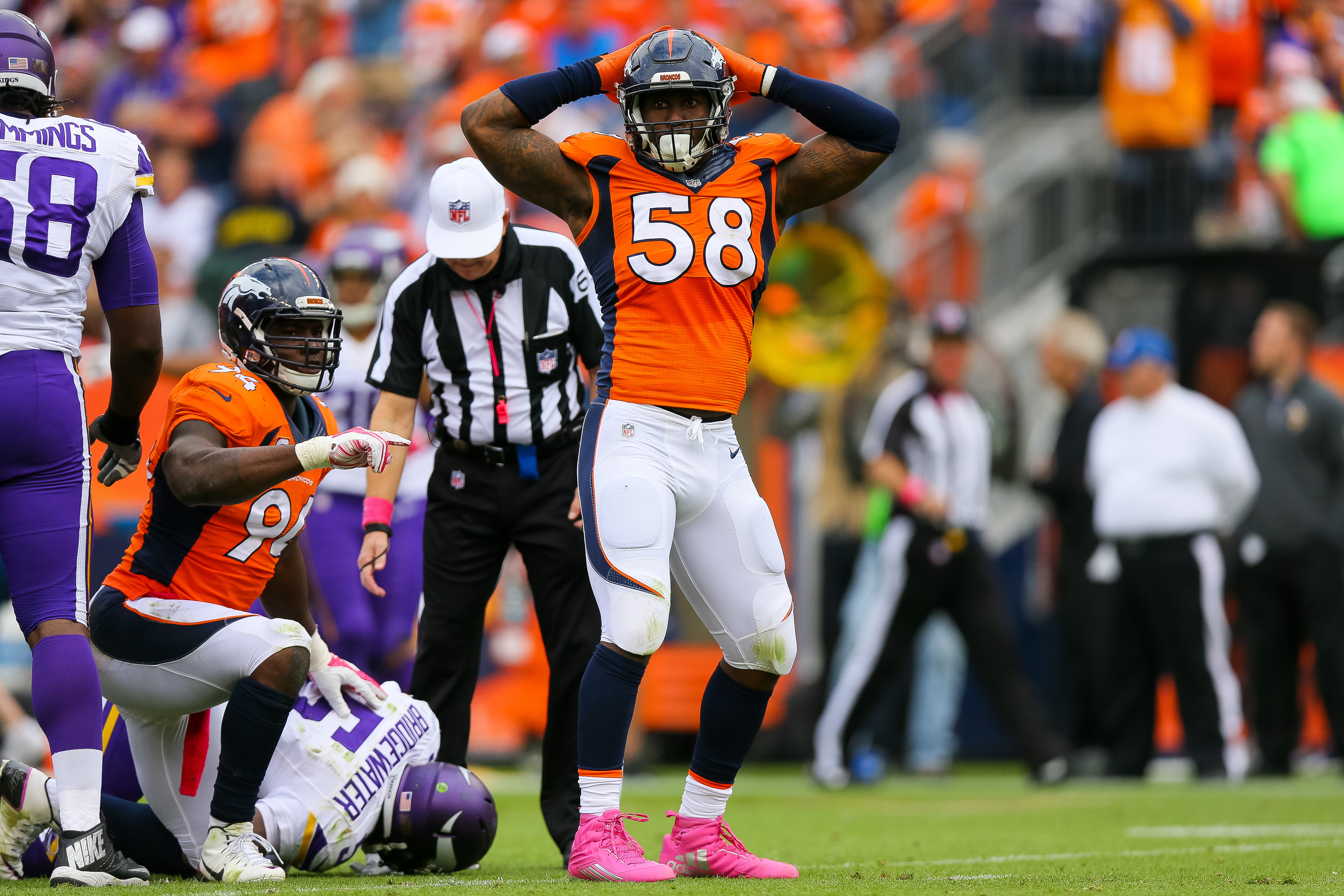 Outside linebacker Von Miller #58 of the Denver Broncos celebrates after sacking quarterback Teddy Bridgewater #5 of the Minnesota Vikings during a game at Sports Authority Field at Mile High on October 4, 2015 in Denver, Colorado. (Photo by Justin Edmonds/Getty Images)
