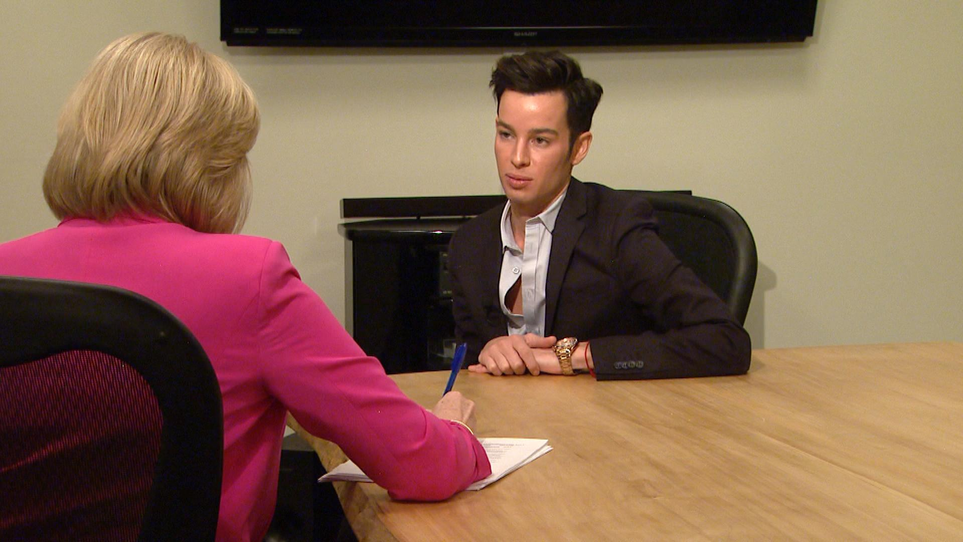 Jonathan Lockwood is interviewed by CBS4's Kathy Walsh (credit: CBS)
