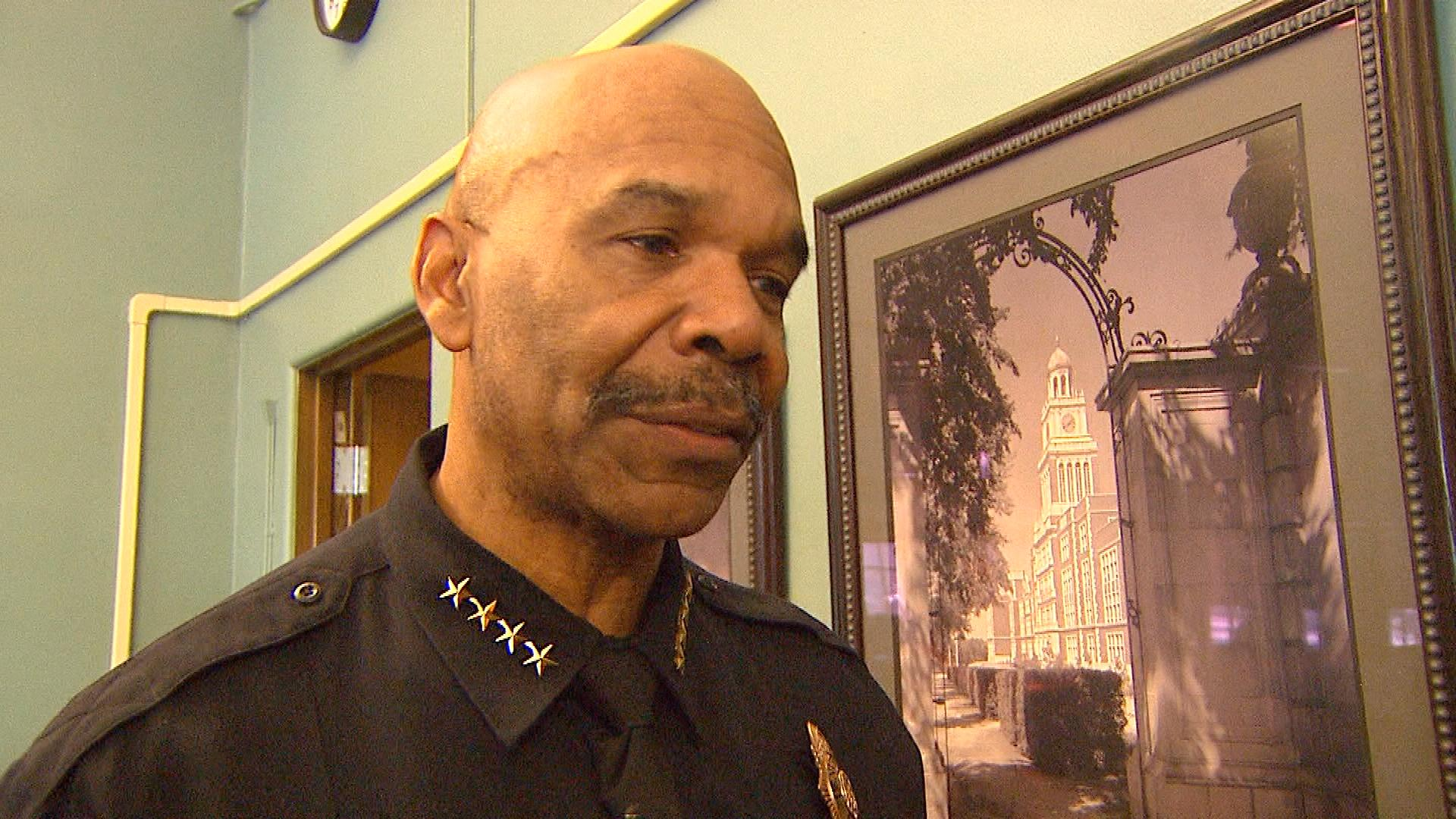 Denver Police Chief Robert White at the meeting on Monday (credit: CBS)