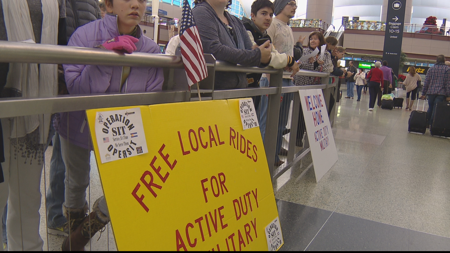 Free rides for U.S. vets at DIA (credit: CBS)