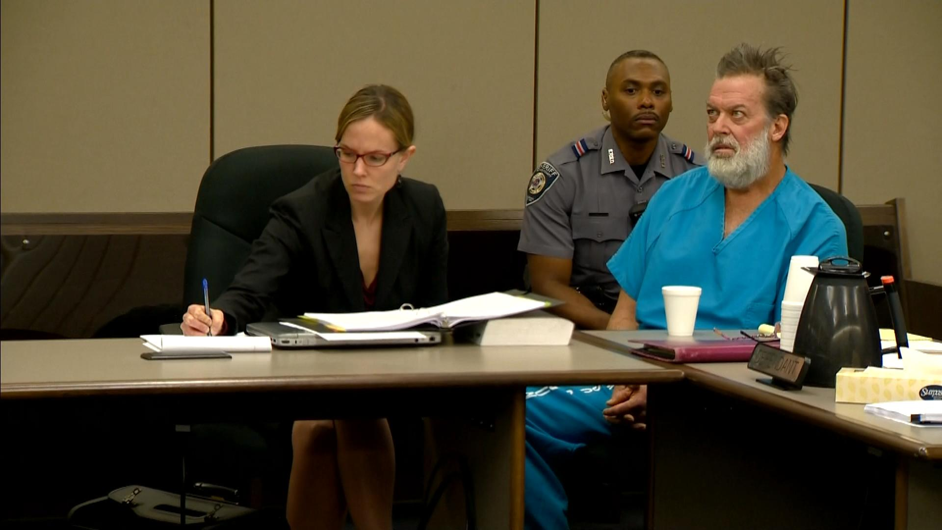 Robert Lewis Dear in court on Dec. 9, 2015 (credit: CBS)