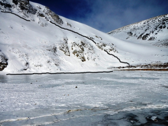 The avalanche on St. Mary's Glacier (credit: CAIC)