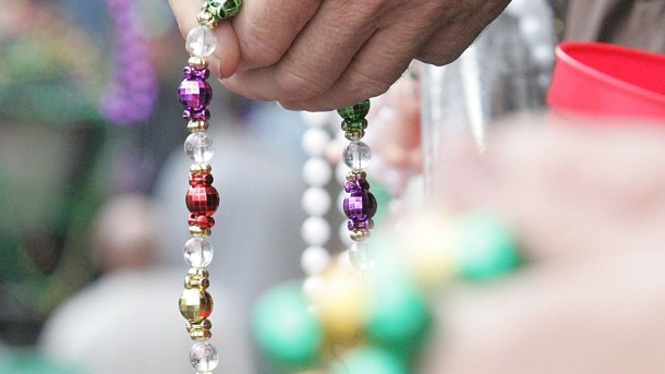 Colorful Mardi Gras beads (credit: Chris Graythen/Getty Images)