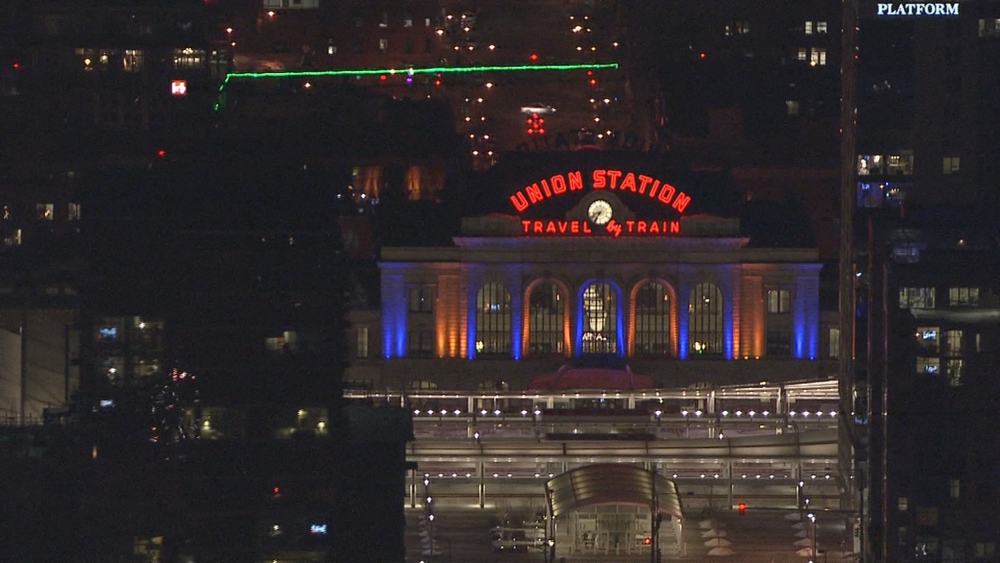 Copter4 flew over Union Station on Sunday night (credit: CBS)