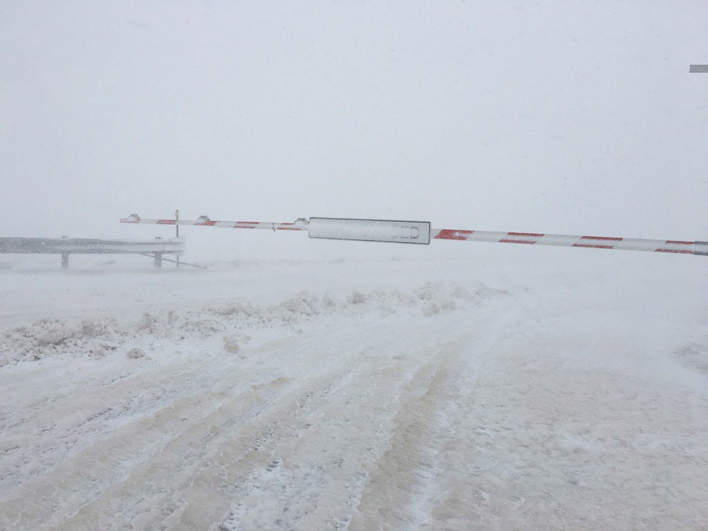 I-70 closed at Airpark Road east of Denver (credit: CBS)
