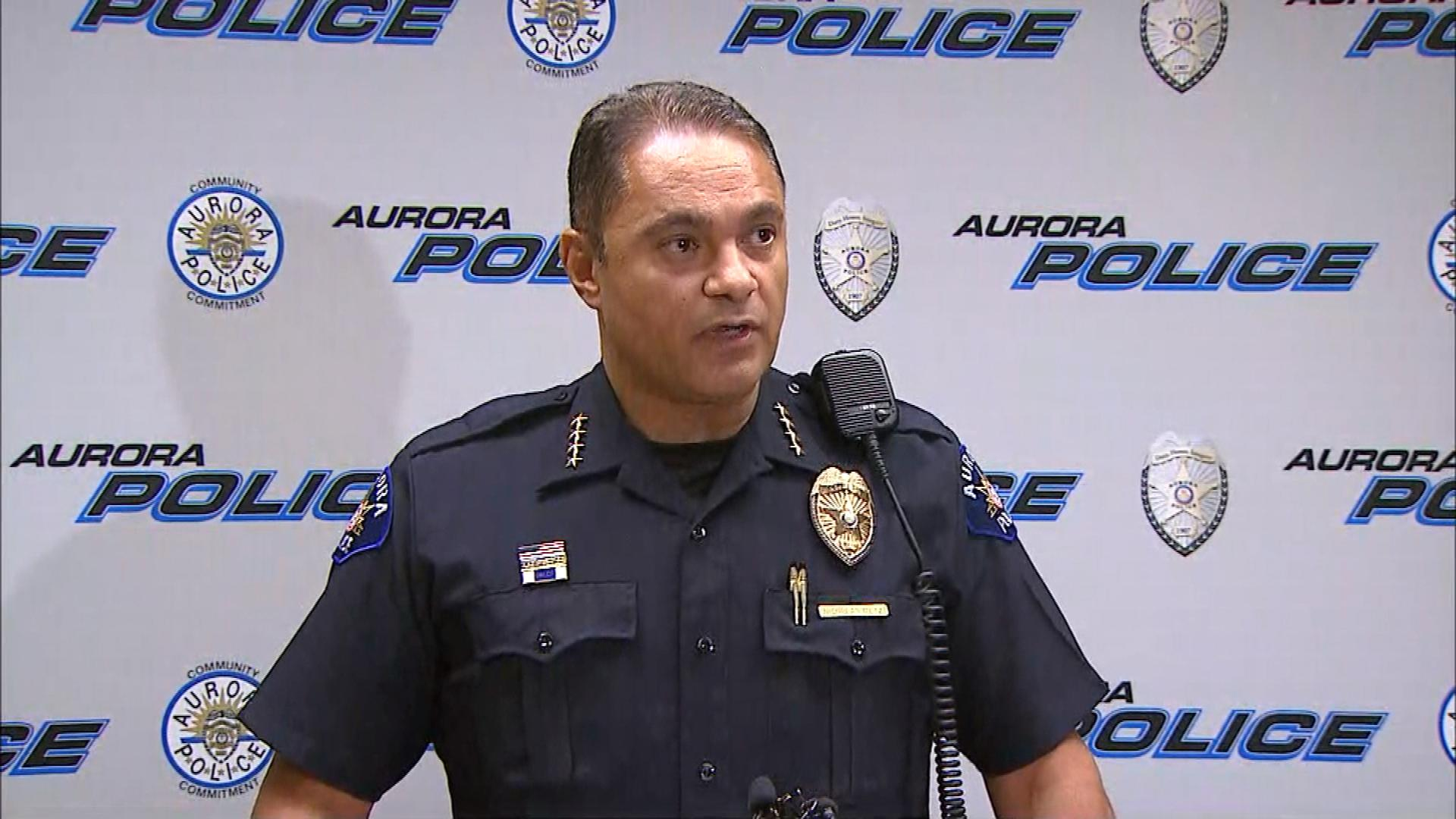Aurora Police Chief Nick Metz at the news conference on Tuesday (credit: CBS)