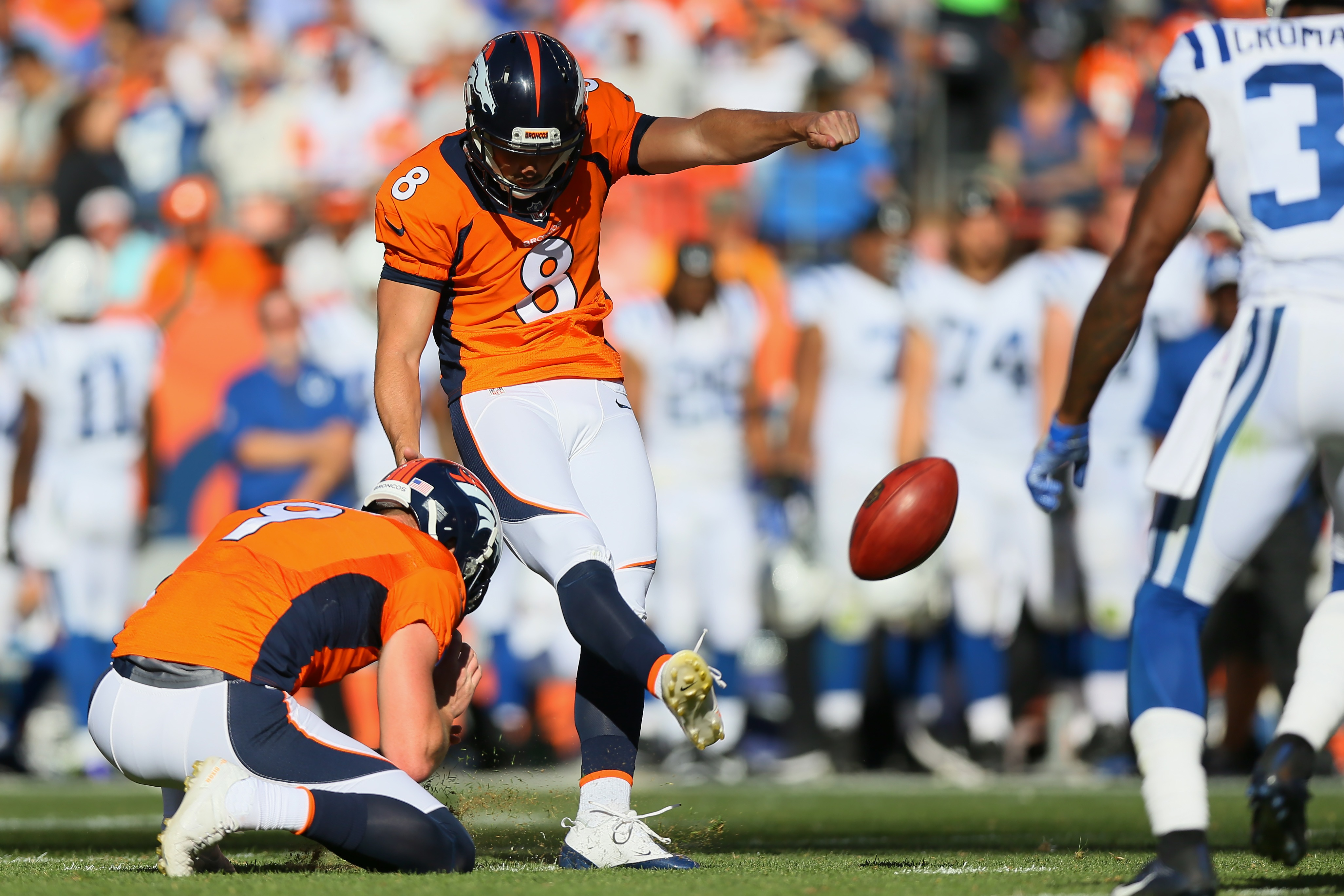 Kicker Brandon McManus #8 of the Denver Broncos makes a 33 year field goal in the third quarter of the game against the Indianapolis Colts on Sept. 18, 2016 in Denver. (credit: Justin Edmonds/Getty Images)